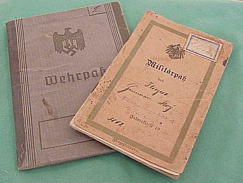 GERMANY - SERVICE BOOKS - SOLDIER'S WWI AND WWII MILITÄRPAß AND WEHRPAß - Imperial German Military Antiques Sale