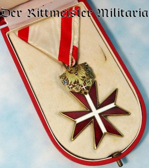 EHRENZEICHEN für VERDIENSTS UM DIE REPUBLIK DIE ÖSTERREICH 2. MODEL IN ORIGINAL PRESENTATION CASE WITH TWO MINIATURES AND ONE STICKPIN - Imperial German Military Antiques Sale