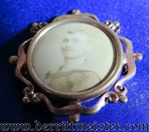 PATRIOTIC PHOTO PIN - SAILOR - Imperial German Military Antiques Sale