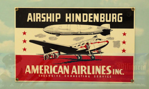 U.S. - PLAQUE - METAL - AIRSHIP HINDENBURG/AMERICAN AIRLINES