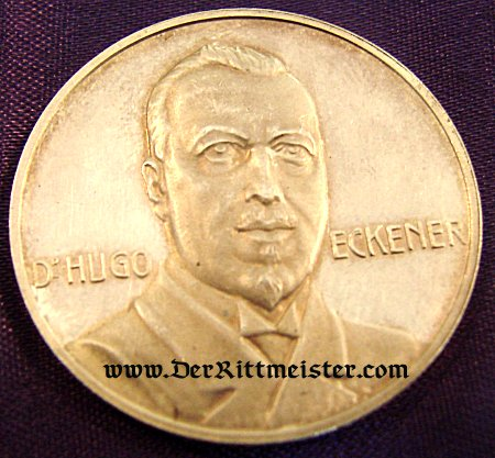 GERMANY - TABLE MEDAL - ZEPPELIN - DR. HUGO ECKNER AND LZ-126 - Imperial German Military Antiques Sale