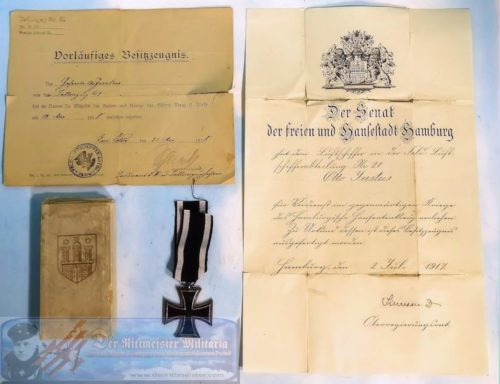 GERMANY - DOCUMENT WITH AWARD - FELD-LUFTSCHIFFER-ABTEILUNG DOCUMENT AND DECORATION GROUP