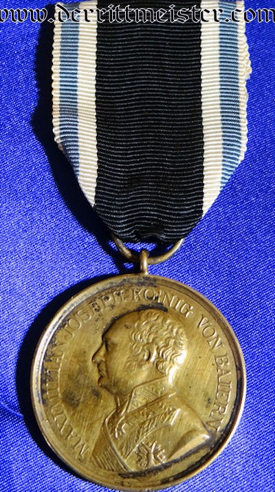 GOLDEN MILITARY SERVICE MEDAL - BAVARIA - Imperial German Military Antiques Sale