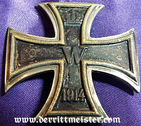 IRON CROSS - 1914 - 1st CLASS - VAULTED  IN ORIGINAL PRESENTATION CASE - Imperial German Military Antiques Sale