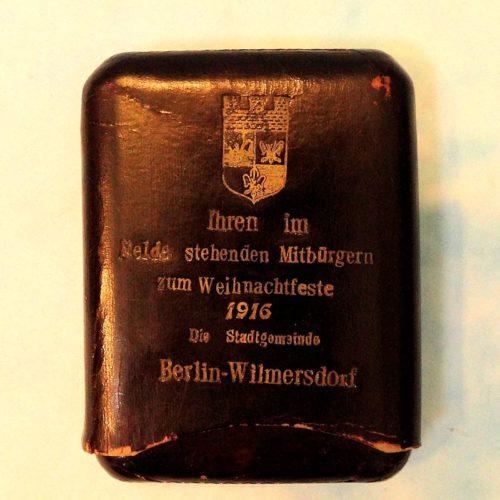CIGAR CASE - PATRIOTIC CELEBRATING CHRISTMAS 1916 IN BERLIN-WILMERSDORF. - Imperial German Military Antiques Sale